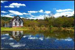 Reflexive Landscape (Alan Mezzomo) Tags: house lake reflection water rio gua d50 lago grande casa nikon do paisagem explore reflexo riograndedosul sfc sul pl ivoti 2880mm reflexive ladscape polarization polarizador sulfotoclube explored