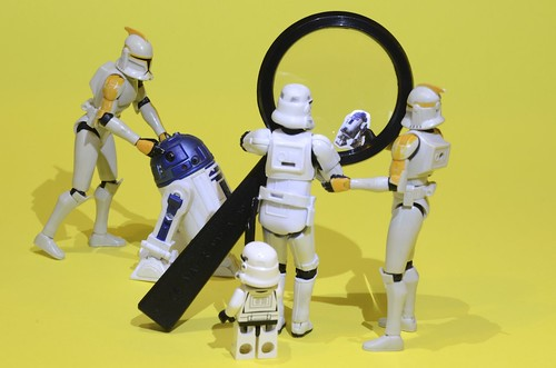 We think you need a magnifying glass to see the droids