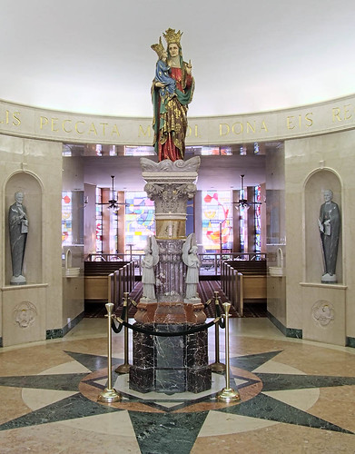 Calvary Roman Catholic Cemetery, in Saint Louis, Missouri, USA - statue of Mary in mausoleum.jpg