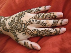 henna hand (HennaLounge) Tags: india persian gulf henna mehendi mehndi heena khalijee