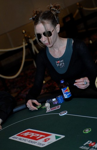 "APPT Macau 2007: Isabelle ""No Mercy"" Mercier at High Roller event"