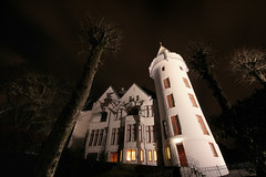The Villa (part 3) - Evil night (linse_lus) Tags: trees light house tree castle norway n