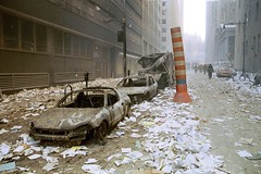 9/11 - cleanup efforts (Robert-P. Pelikan) Tags: 2001 nyc newyork worldtradecenter 911 nypd ground 11 september collection twintowers wtc zero septembre nyfd memoriam