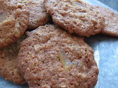 Ginger Oatmeal Raisin Cookies