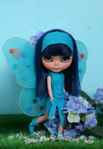 Azul Butterfly by erregiro.