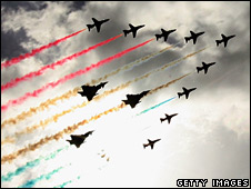 _44530123_redarrows_207