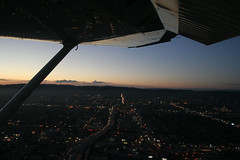 Cessna 182 Los Angeles (Ch.H) Tags: sunset sky sun window clouds los wings angeles cessna flaps 182 top20la