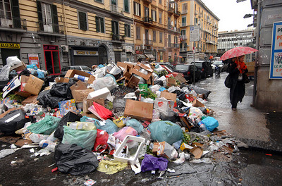 garbage naples