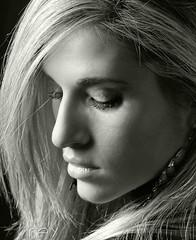 Isabel II (Fernando Rey) Tags: portrait woman beauty mouth mujer model eyes serious retrato calm modelo ojos blonde rubia boca belleza seriedad
