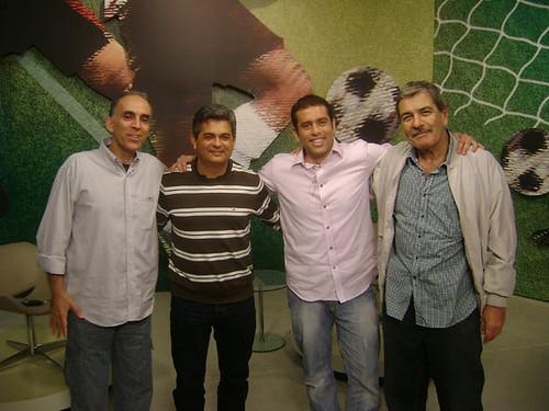 Ney Franco com a equipe do programa