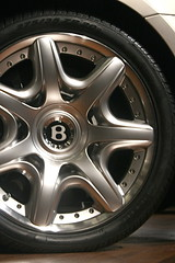 Bently Wheel at LA Auto Show