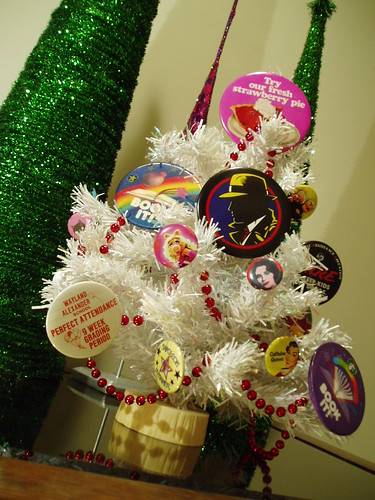 Button Ornament Tree