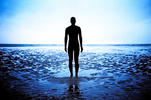 closer Gormley man ©Marc Davies