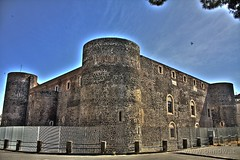 Catania - Castello Ursino (HDR) (-Bandw-) Tags: city wallpaper italy castle castles digital canon eos rebel high ruins italia photos ruinas sicily middle fortification bandw range castello chteau ages middleages castillo hdr catania sicilia barocco forts castelli citt castillos xsi ruines ursino siciliani rovine trinacria sicilian siciliano castells sicile sizilien chteaux dinamic burgen sicili 3xp photomatix siclia tonemapped middle runes  450d canoneos450d anticando canonefs1855mmf3556is flickrsicilia digitalrebelxsi schlssern ages hdrvillage bandwit wwwbandwit canoneos450ditalia rocchecastelli rocchefariecastellicastleslighthosesbelltowers  siciliainhdr