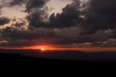 望岳台から眺める日の入