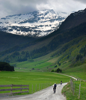Mountain biking in the unspoilt valley of mount Ritterkopf