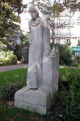 Paris - Latin Quarter: Square Paul-Langevin - ...