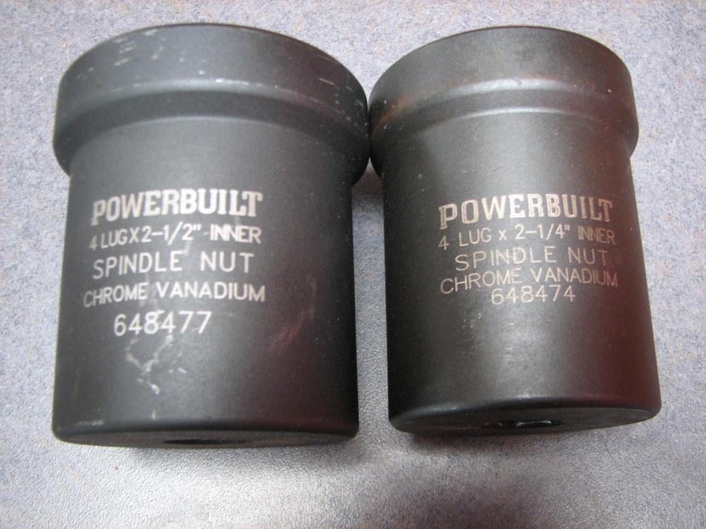 Dana 44 and 60 hub socket?