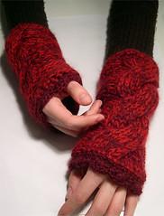 eowyn_again_03 ( annarella ) Tags: red knitting hand burgundy knit cable fo warmer