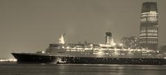 Queen Elizabeth 2 (<span class=