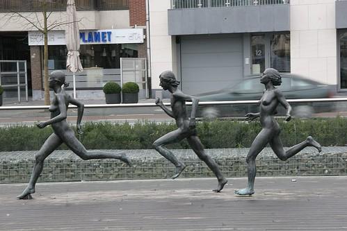 Nude Runners. as you do? Saint-Nicolas