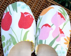 Tulip Slippers Details