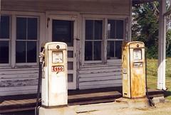 North Carolina, Currituck County, Esso (10,021) (EC Leatherberry) Tags: northcarolina esso gaspump countrystore us158 currituckcounty