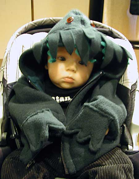 bebé con disfraz de Cthulhu