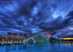 The day that the sky crashed down at the City of Arts and Sciences (second version) (Salva del Saz) Tags: city blue santiago sky españa valencia azul architecture clouds canon reflections spain arquitectura angle wide arts dramatic ciudad cielo hour hora calatrava nubes gran cac angular artes 1022mm hdr highdynamicrange sciences 1022 reflejos ciencias efs1022mm firstquality dramatico 3exp 40d salvadordelsaz salvadelsaz eos40d lovemyefs1022mmlenses