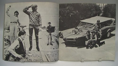 monkees_66tourbook03.jpg