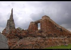 TH-059 (Rawbean Laden) Tags: thailand stupa ayutthaya chedi watmahatat templeruin