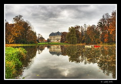 Pszczyna Palace (Mariusz Petelicki) Tags: autumn poland polska palace hdr jesie paac aplusphoto thegoldenmermaid