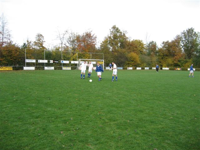 voetbal 02-11-07 015