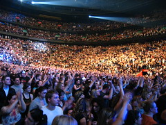 Bon Jovi Concert - The Crowd - 14000 and counting @ Bell Center, Montreal