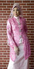 pink (puteri najwa) Tags: hijab muslimah sanding kahwin frenchlace tudung nikah bajupengantin puteris