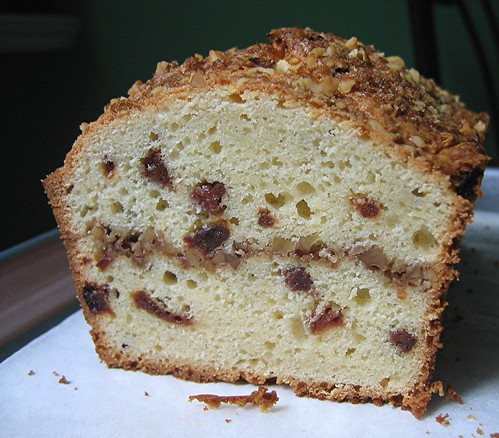 poundcake_cherrystreusel_crumb