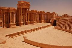 Teatre rom de Palmira (Quim Bah) Tags: ruins desert roman unesco syria palmyra palmira teatre siria imperirom viatgesparetoursgirona domustraveliparetoursgirona