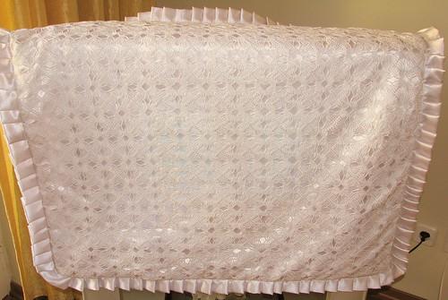 dantel motifli bebek battaniyesi