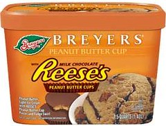 BREYERS REESE'S PEANUT BUTTER CUP ICE CREAM
