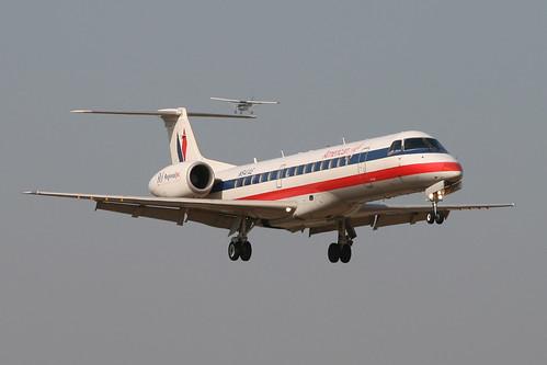American Eagle ERJ and Cessna