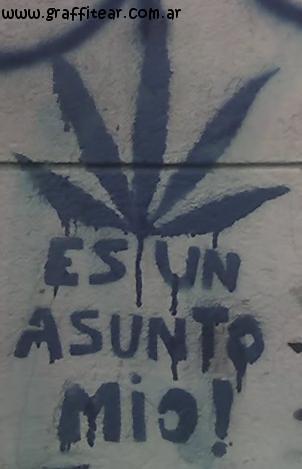 Los dibujos de hojas de marihuana son delito