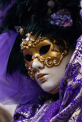 Maschera Carnevale di Venezia 2008 (PJ Franz) Tags: carnival venice party italy colour sexy beauty smile photography amazing nikon italia mask venetian d200 2008 carnevale venezia francesco maschera treviso fotografo smarco pillan 70200vrf28 flickrexcellentphotos espressionidellanima pjfranz