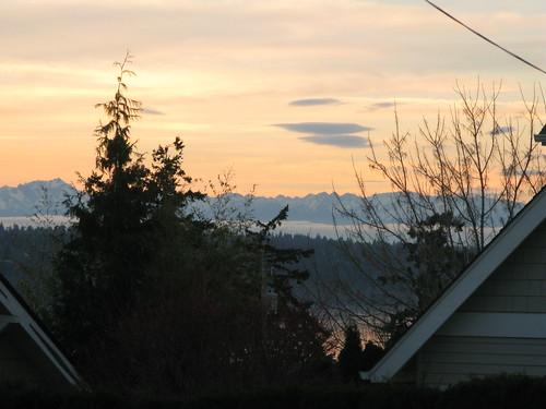 Sunset 2/28/08 Kirkland - Olympics