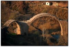Pont del Diable, Cardona (Jess Cano Snchez) Tags: bridge espaa canon puente spain gothic catalonia pont catalunya catalua eos20d bages cardona gotico gotic