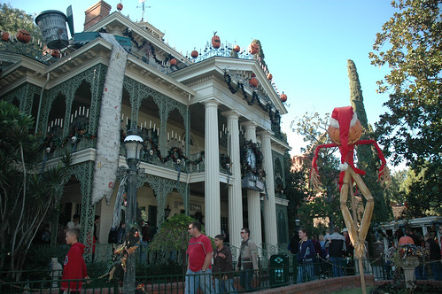 09 - Haunted Mansion Holiday (12)