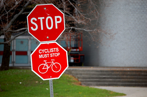 stop-sign-bikes_0095
