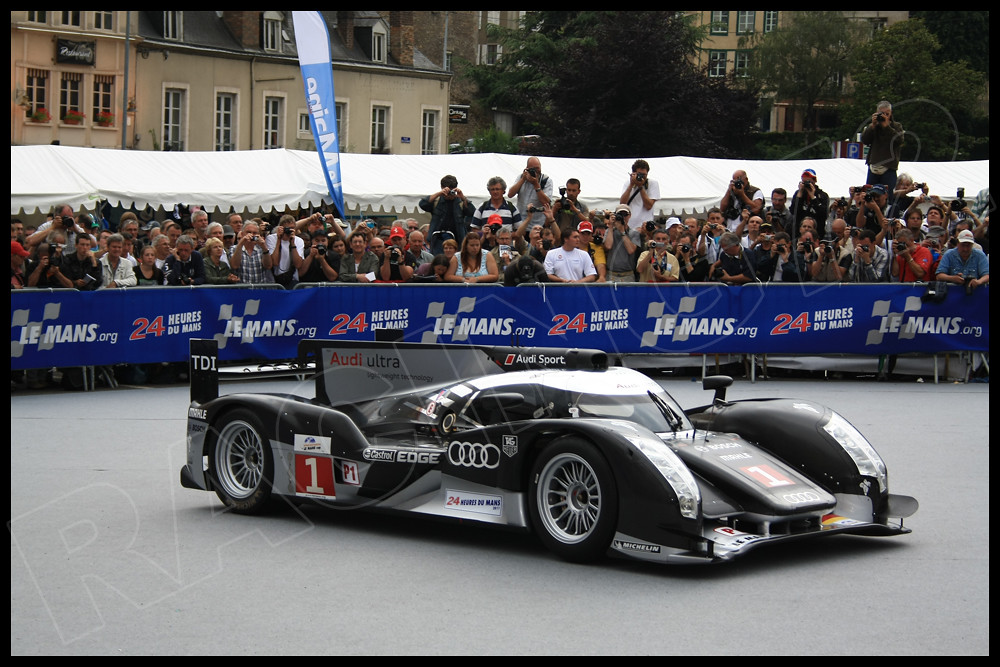 24 HOURS OF LE MANS 2011  (REAL ) , Pictures... 5805927284_92640f4e3c_b