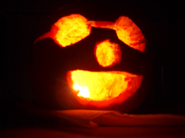 raoul's pumpkin lit up!