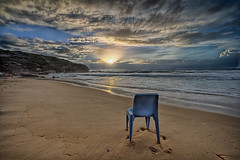 Best Seat in the House! (sachman75) Tags: morning sunrise waves sydney seashore 1022mm bluechair northernbeaches curlcurl 400d auselite