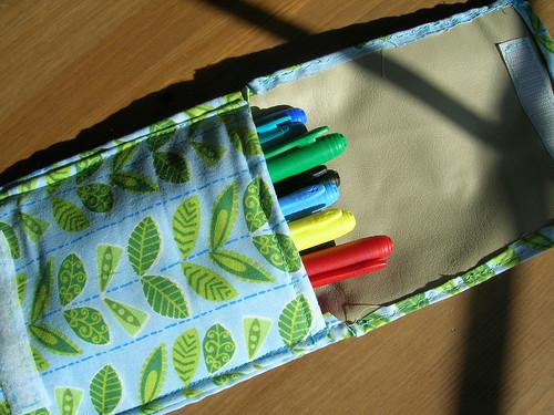 Leafy Pouch - Open